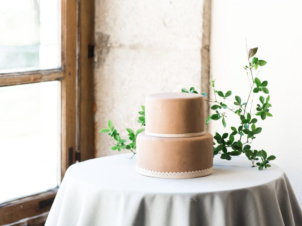blanccoco_photographe_mariage_chic_nude_pastel_chateau_montplaisant_60